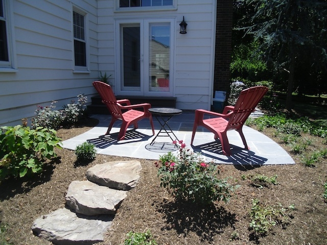 Add a Little Romance to Your Landscape With a Bluestone Patio