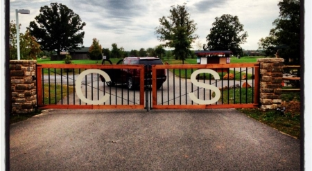 Specialty Fence Ideas: Personalized Gates, Pool Fencing, and Small Aluminum Fences | Mclean VA