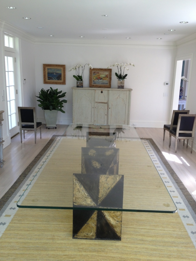 Purchasing a Glass Top Coffee Table for Your Home | Silver Spring, MD