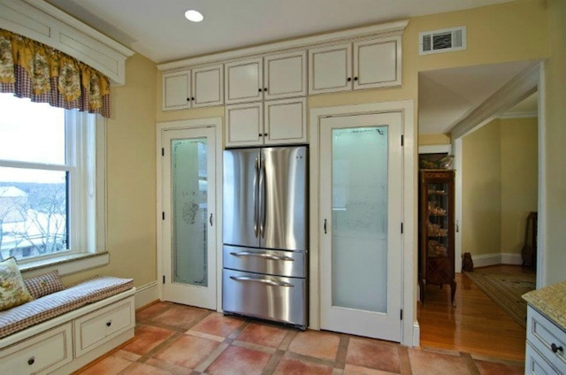 Small Kitchen? No Problem! How to Maximize Your Storage Capacity