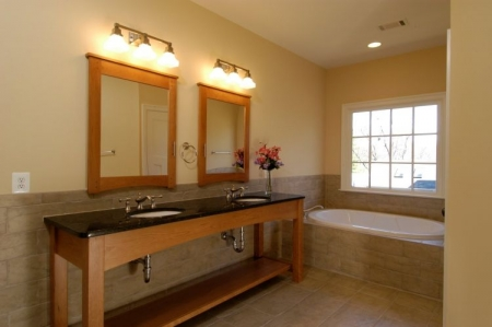 5 Great and Easy Ways to Spruce Up a Small Bathroom | Chevy Chase MD