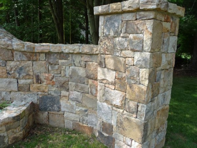 Comparing Decorative Stone for Landscaping Ideal for Your Yard - Washington DC