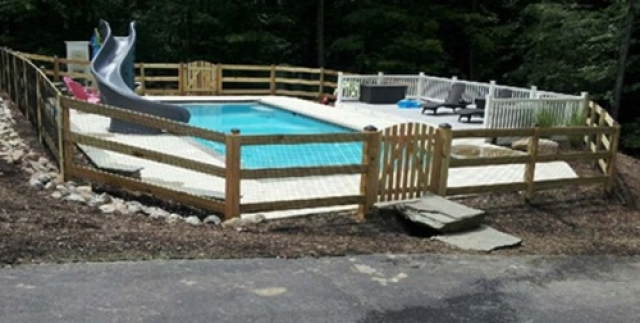 A Mesh Pool Fence with Various Heights Helps Protect Your Children and Pets | Leesburg VA